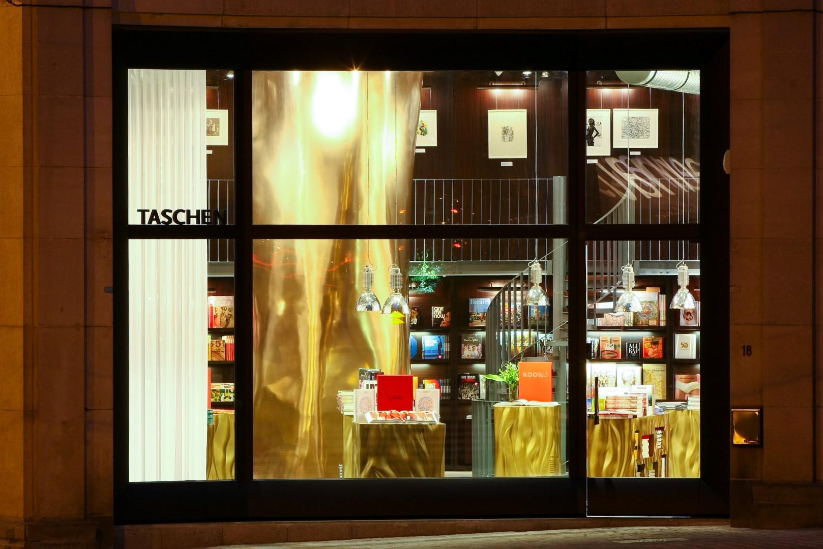 taschen store br ssel 3f design architecture gbr. Black Bedroom Furniture Sets. Home Design Ideas